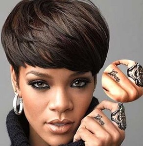 rihanna finger tattoo removal 292x300 6 Bad Tattoo Removal Locations