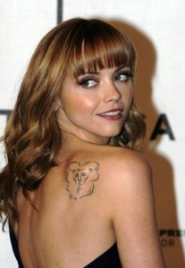 christina ricci tattoo removal 207x300 6 Bad Celebrity Tattoos That They Should Remove